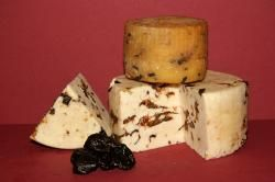 #Handmade cheese from HungaryFriss sajtok - Fehervarisajt.hu