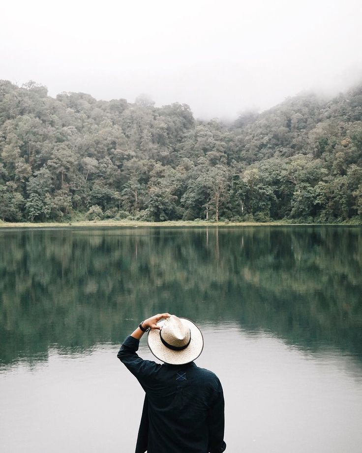 Care + Notes...an image like this takes your mind to a beautiful place.