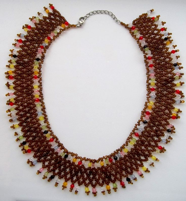 Free pattern for beaded necklace Colorful Glass   Beads Magic