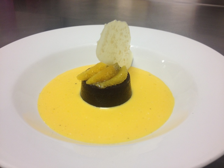Ricardo from the @NationalTheatre has just sent in this tasty delight...Saffron custard with sangria jelly and a white chocolate popping candy tuile - certainly a sophisticated take on original jelly and custard!