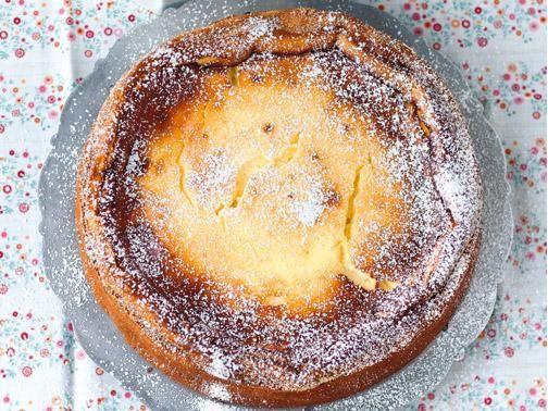 Cremig, frisch und lecker! Der Käsekuchen hat sich bei uns als einer der beliebtesten Kuchen etabliert. Ob mit Apfel, Mascarpone oder vom Blech: Wir zeigen, wie vielfältig der Quarkkuchen ist und stellen Ihnen tolle und schnelle Backrezepte vor.