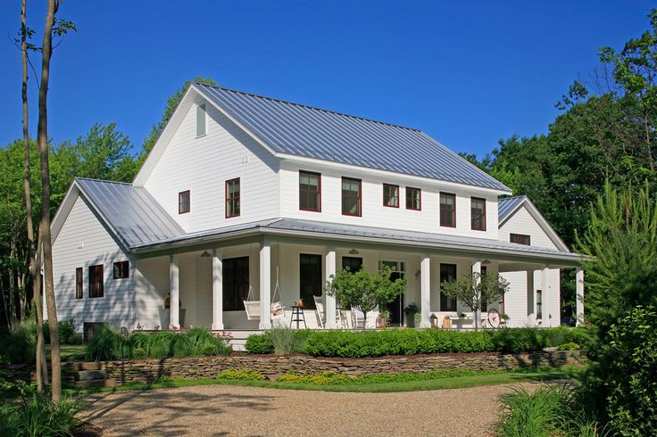 Farmhouse Exteriors country farmhouse exterior colors - http://www.interiordesigne