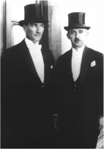 ✿ ❤ İlk Cumhurbaşkanı Atatürk İlk Başbakan İnönü ile (1927)