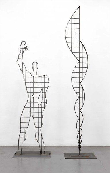 1946-1987, Le Cobusier: reproducción de «EL Modulor» dirigida por Javier Gómez Pioz y Mª Rosa Cervera para la Exposición «Le Corbusier» de 1987. Escultura en hierro soldada. Pieza 01: 227 x 68 x 5 cm y Pieza 02: 296 x 45 x 5 cm.
