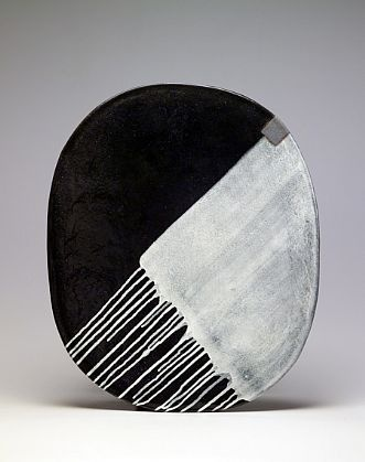 Jun Kaneko - Oval 04-04-06, 2004, Glazed ceramic
