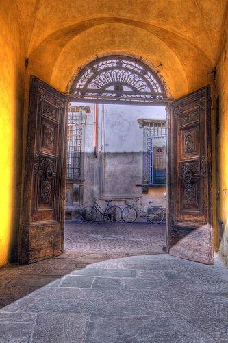 Old Lucca #TuscanyAgriturismoGiratola