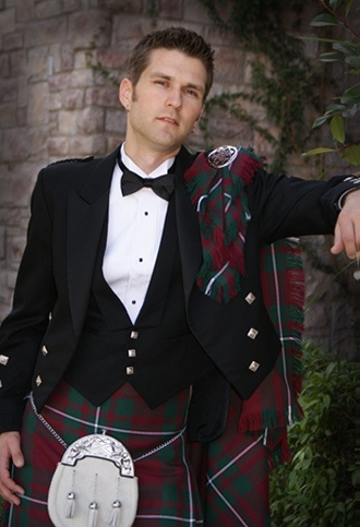 the groom's attire Scottish