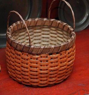 Round Pumpkin Basket with Brown Trim