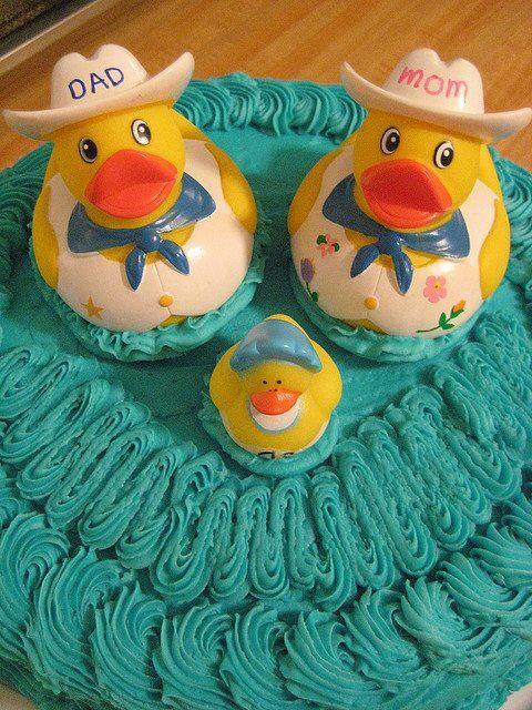 Duck design cake