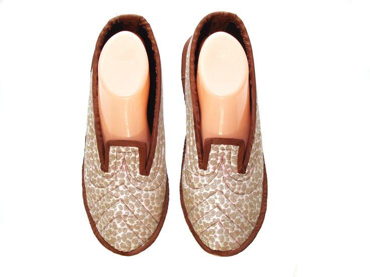 Best 25+ Bedroom slippers ideas on Pinterest | Light up unicorn ...