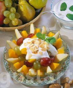 Lajos Mari konyhája - Joghurtos gyümölcssaláta