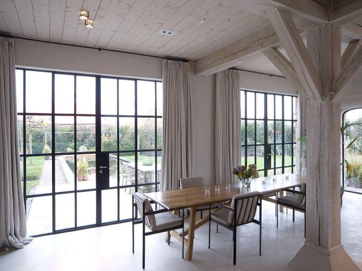 Filigrane Stahlfenster und -türen - Glas - News/Produkte - baunetzwissen.de
