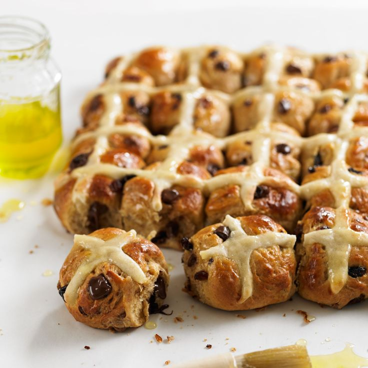 Mini Chocolate and Orange Hot Cross Buns are a lovely variation on the classic hot cross bun and everyone loves chocolate and orange!