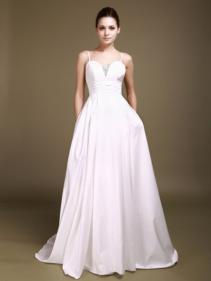 sweetheart wedding dress with beaded bodice and pockets