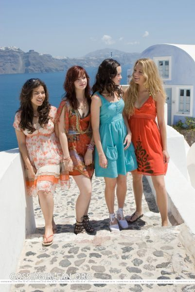 essay on sisterhood of the traveling pants The sisterhood of the traveling pants is a novel written in 2001 by ann brashares the story is about four best friends lena kaligaris, tibby rollins, bridget vreeland, and carmen lowell, who are about to spend their first summer apart in all of their sixteen years.
