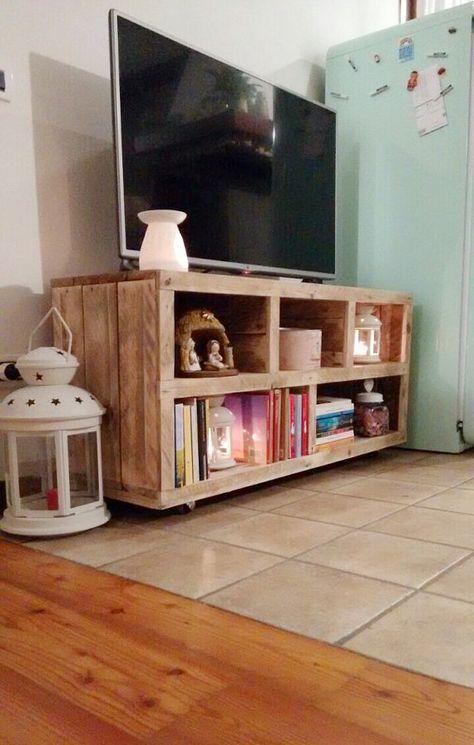meuble de télévision à la main de bois de par GARAGEbySilvio