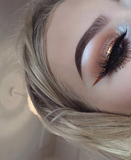 Get this look bb!! Gold eyeliner: http://www.dollskill.com/winky-lux-goal-digger-eyeliner.html Eyeshadow: http://www.dollskill.com/lime-crime-venus-eyeshadow-palette.html Eyelashes: http://www.dollskill.com/unicorn-lashes-pixie-wisp-lashes.html Highlighter: http://www.dollskill.com/medusa-s-makeup-moonlight-powder-highlighter.html Eyebrows: http://www.dollskill.com/la-splash-art-ki-tekt-mocha-brow-pencil.html