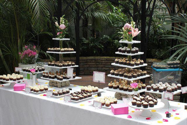 Wedding cupcake display, via Flickr.