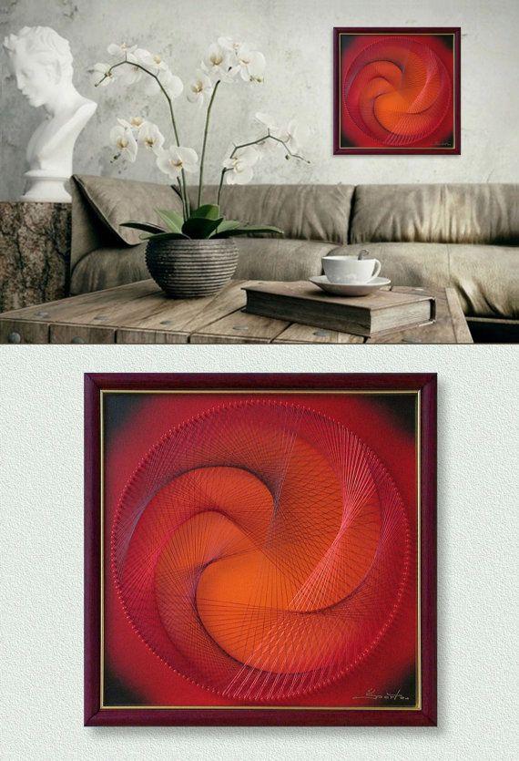 Wand-Dekor, moderne abstrakte 3D String Art in Rot Orange und Bordeaux, Eingerahmt (32x32 cm), mit Pfauenfeder, fertig zum Aufhängen