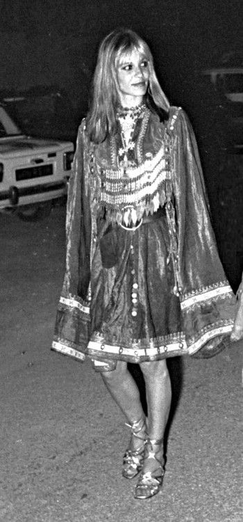 They just don't make them like they used to! Anita Pallenberg attending Mick and Bianca Jagger's wedding, Saint Tropez, 1971.