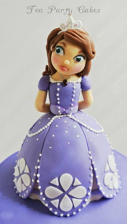 1000 images about sofia the first cakes on pinterest princess sophia cake princess sofia. Black Bedroom Furniture Sets. Home Design Ideas