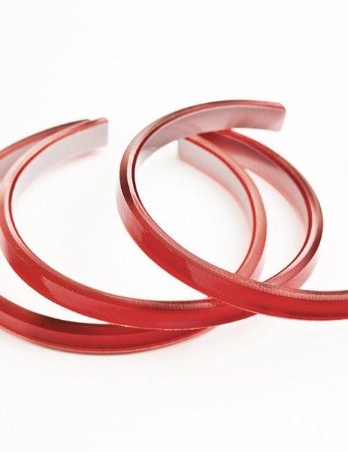 cranberry bangle. Upcycled jewelry. Moda sostenible