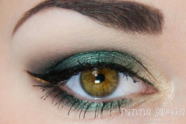 makijaż świąteczny w zieleni i złocie - green and gold christmas makeup