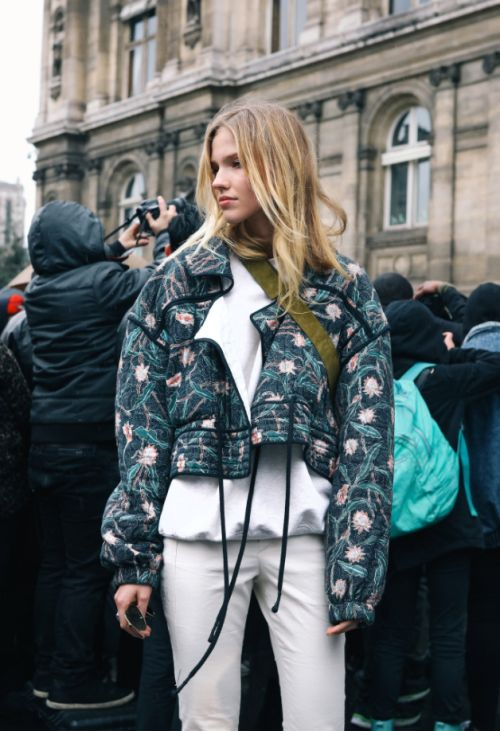 The Best Street Style from Paris Fashion Week Fall 2017 - Sasha Luss