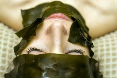 Our organic seaweed is hand-harvested from the ocean and is the ultimate treat for tired and dull skin.