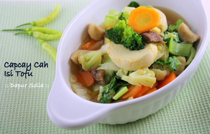 CAP CAY or CAP CAI  Indonesian ChineseStir fried vegetableStir fried of ten type of vegetables dish. There are two types of Cap Cai, Red and White. Red uses Indonesian Tomato Sauce or Ketchup to give it a distinct sweet flavor, while the white one has nothing added to it.