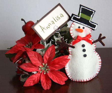 pupazzo di neve segnaposto in feltro tagliato con la big shot - snowman felt xmas decorations
