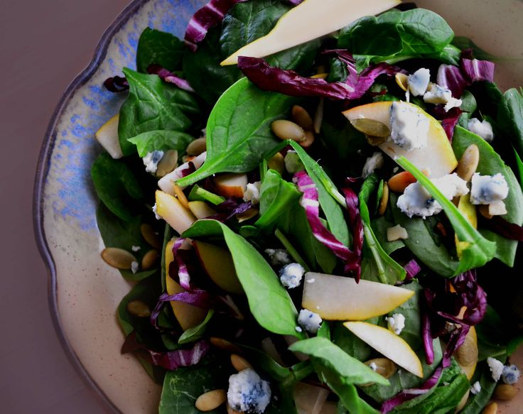 Spinach and Radicchio Salad with Pear and Gorgonzola