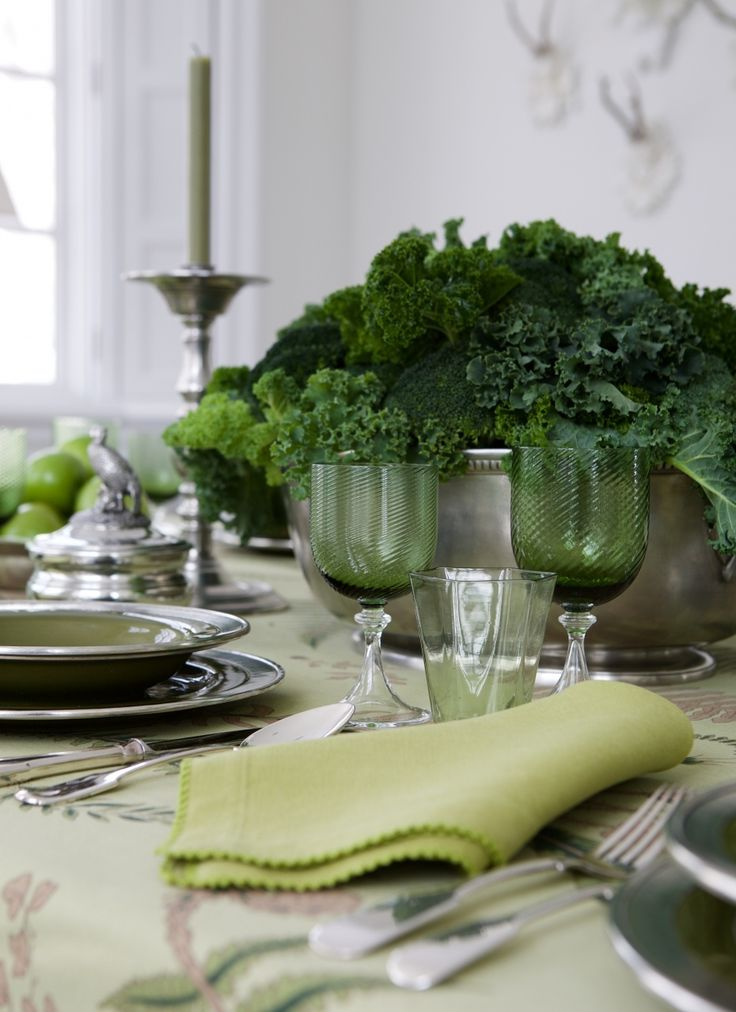 I fill two pewter bowls with the ubiquitous Granny Smith apples and a centerpiece of broccoli, kale and parsley ---how clever!!!