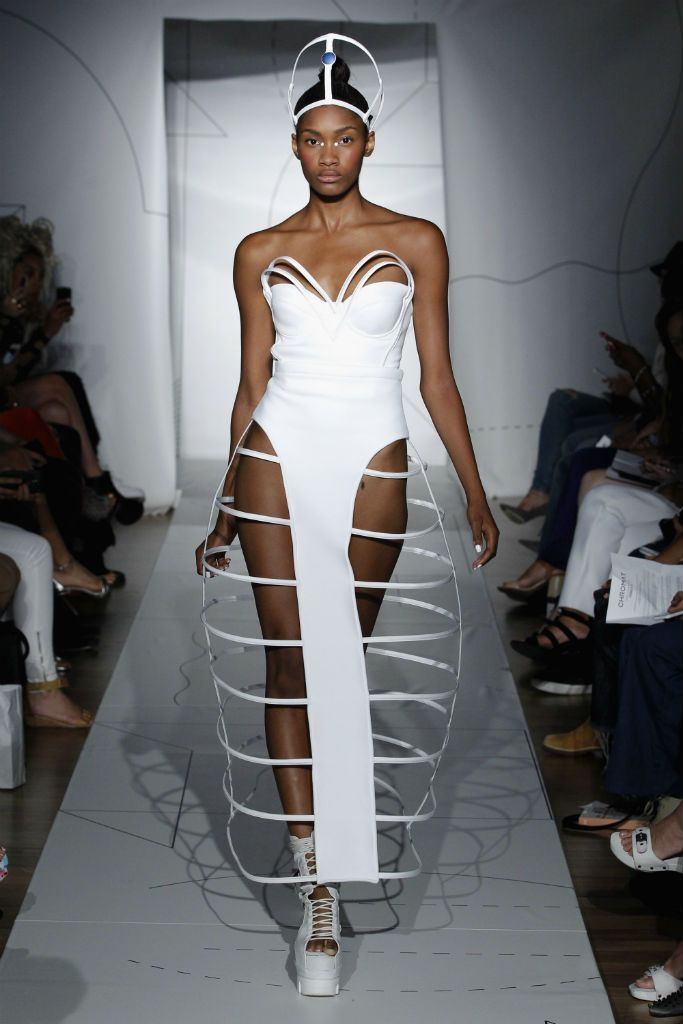 Chromat S/S 2015: Empowered Fashion of the Future - Corset boning creates arches