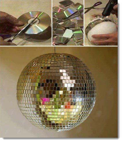 Зеркальный шар для дискотеки из старых CD-дисков