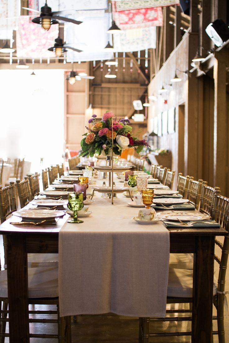 www.partypleasers.com, partypleasersblog.wordpress.com, wood farm table, gold chivari chair, vintage glassware, camarillo ranch