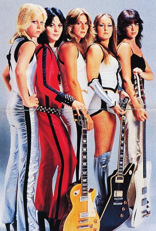 u0026quot the runaways u0026quot  were   joan jett jackie fox lita ford sandy west and charie currie  1975