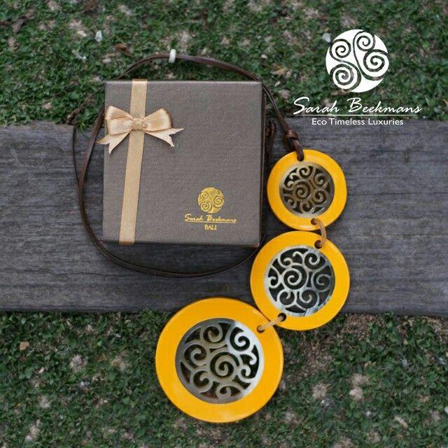 Eco Timeless Luxuries horn necklace kalung tanduk Sarah Beekmans Customer care +62811-998-5858 Line : @sarahbeekmans Email :info@sarahbeekmans.com Monday to Saturday 8.00 - 16.00 WIB ( GMT + 07.00 )