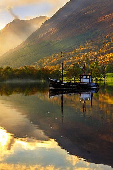 *Loch Lochy in Autumn, Highlands of Scotland.