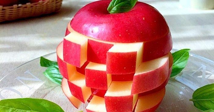 子供が喜ぶ♪ゲーム感覚で食べられる「りんごジェンガ」など、りんごの飾り切り特集