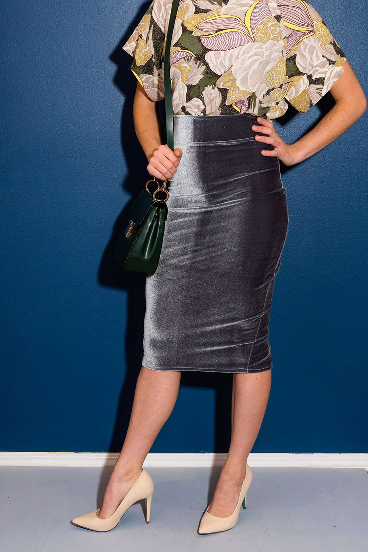 Get instant red-carpet style with this DIY velvet pencil skirt.
