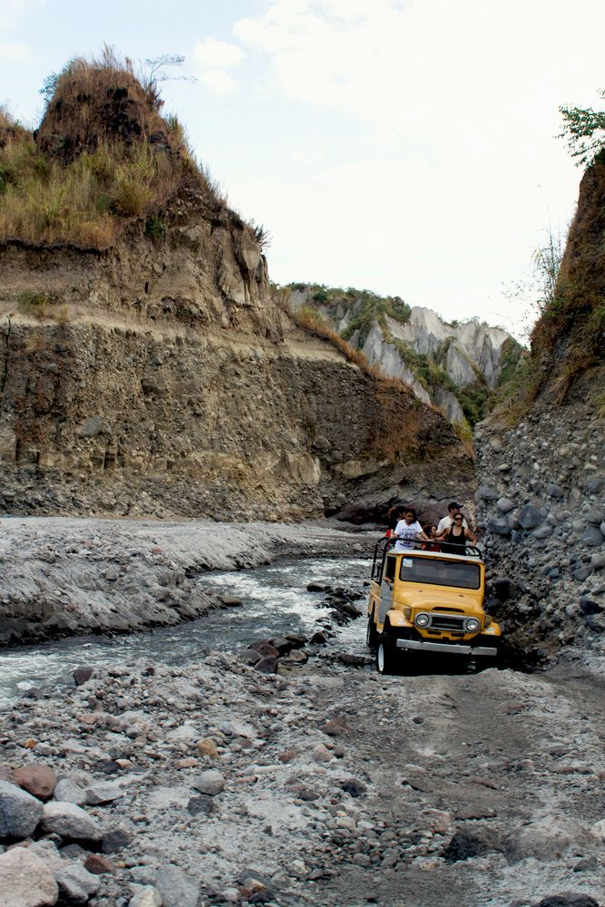 mt pinatubo speech When mount pinatubo erupted, bacolor instantly became a ghost town between 1991 and 1997, a series of lahars along the pasig-potrero river progressively buried bacolor under almost 10 meters of sandy deposits.
