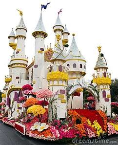 New Year's Day Rose Bowl Parade - Pasadena, CA....mom has been wanting to see this for years