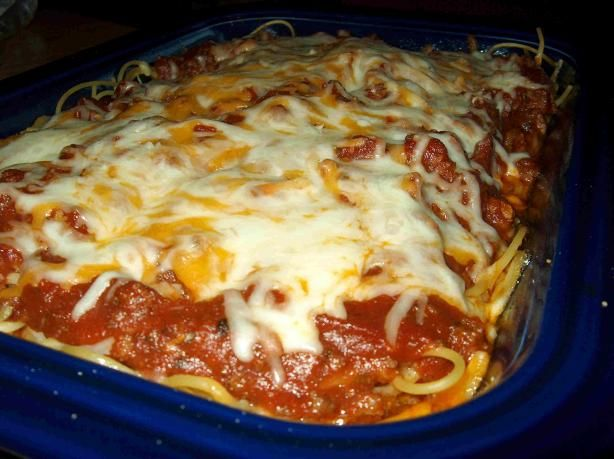 Easy Baked Speghetti. Made this for church dinner tomorrow!  (Used 2 jars speghetti sauce.)