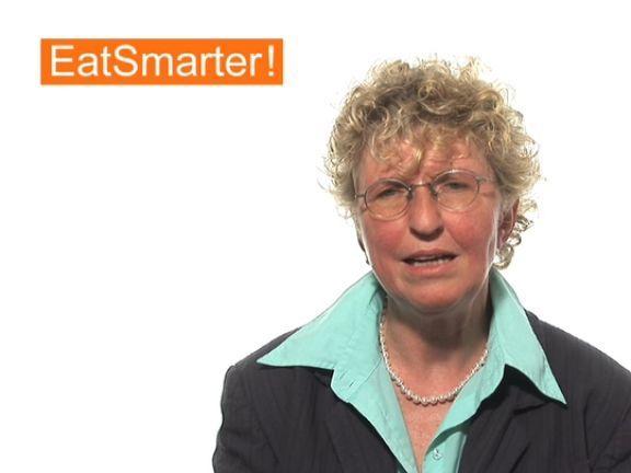 Ein Video zum Thema: Wie steht es denn um Deutschlands Verpflegung in Kindergärten und Schulen?. Sehen Sie weitere hilfreiche Videos auf EAT SMARTER!