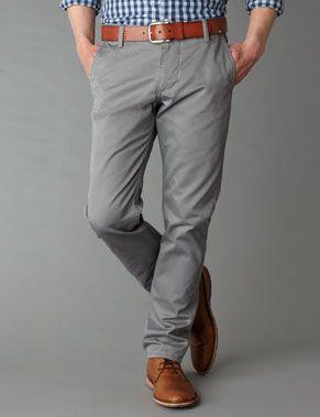 el pantolon largo gris
