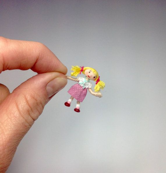 Miniature 1/4 1:48 Quarter Inch Scale Looby Loo or 12th Dolly From Andy Pandy Watch With Mother Poseable Dollhouse Art Doll Handmade OOAK