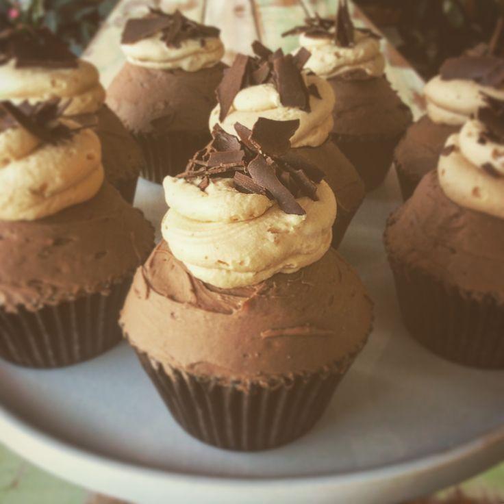 Peanut Butter Cupcake (peanut butter cream centre)