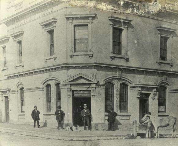 Rochester Castle Hotel on the corner of Johnston and George Streets in Fitzroy, Victoria.