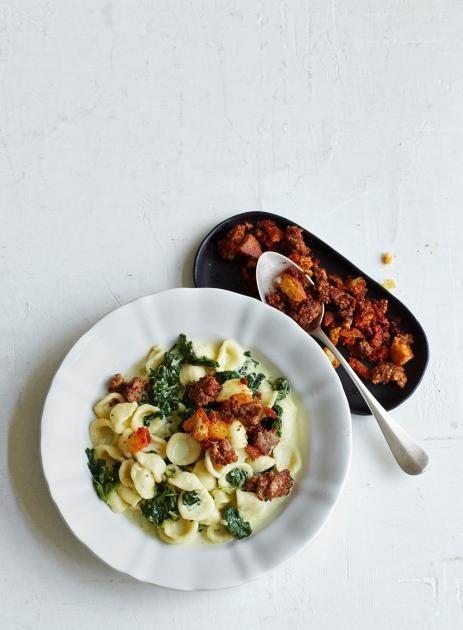 Spinat-Pasta mit Paprika-Hack-Crumbs Rezept - [ESSEN UND TRINKEN]